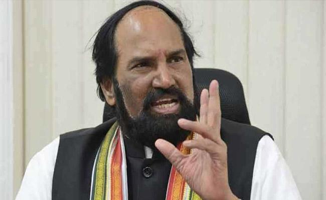 KCR Hand In Glove With Jagan, Alleges Cong
