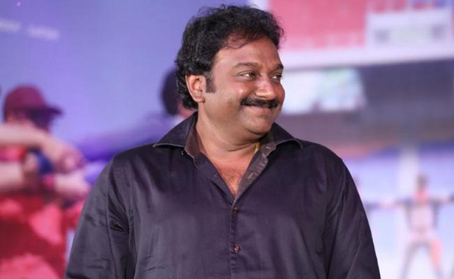 Vinayak To Make B'wood Debut With Rajamouli's Film!