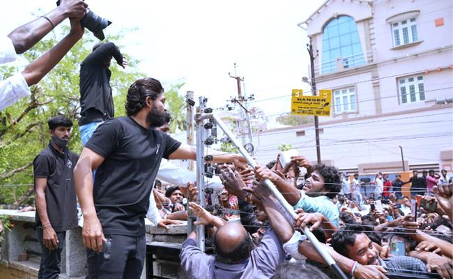 Allu Arjun thanks pan-Indian audience for making Telugu films big