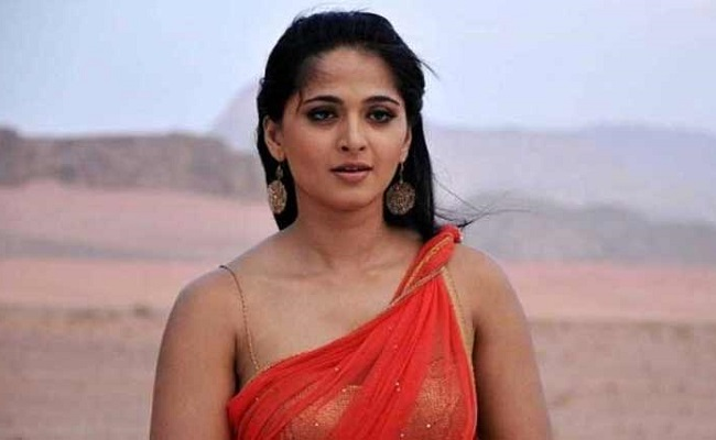 Anushka's Marriage With A Short Man?
