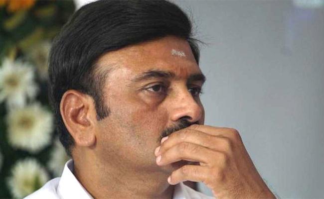 YSR MPs Write To PM Against Raghurama Raju