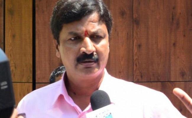 Jarkiholi sex scandal: Complainant withdraws case