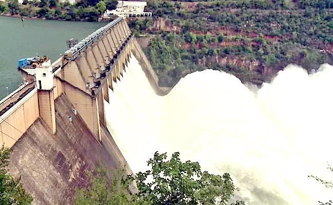Srisailam near full, but no water for Rayalaseema!