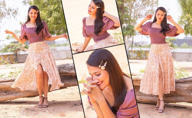 Pics: Anasuya Goes Bold And Beautiful