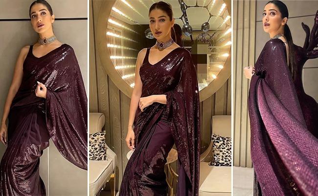 Pics: Diva Look Of Beautiful Rathalu