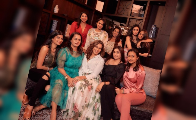 Pic Talk: Boss Ladies Of Hyderabad Pose Together!
