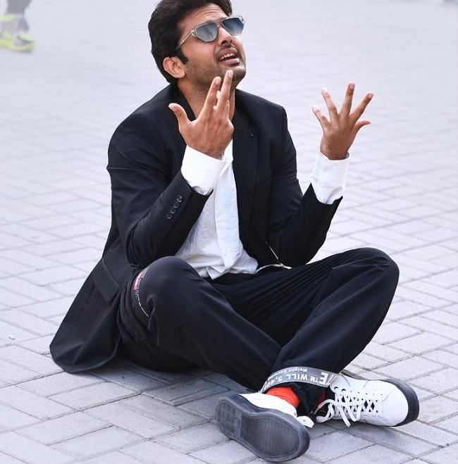 Pic Talk: Nithiin In Dejection, Sits On Floor