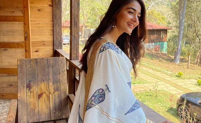 Pooja Hegde Shooting in a Thick Forest
