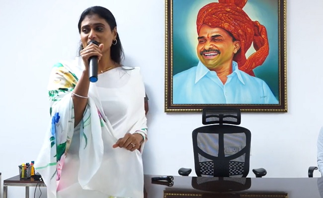 Why Different Rules For KCR And Sharmila?
