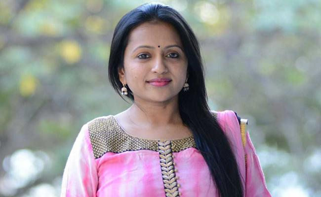 Anchor Suma Turns Commentator For A1 Express
