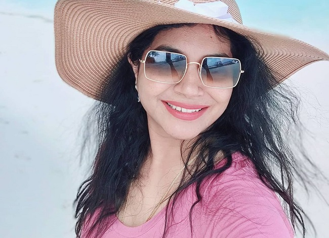 Sunitha is in the Maldives for her Honeymoon?