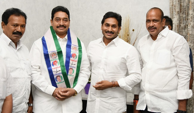 TDP Ex-MLA Joins YSR Congress