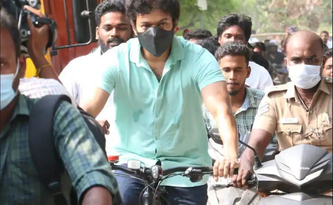 Actor Vijay cycled to booth to cast his vote